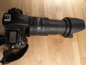 Nikon 28-300 bei 300mm mit Gegenlichtblende